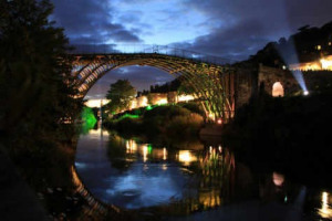 ironbridge.jpg - Ironbridge lights