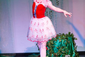 teddy-5.jpg - Touring dance productions for schools