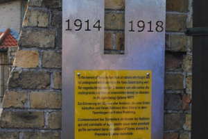 hooge-commemoration-026.jpg - The Hull People's Museum