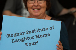 maxine-bil-u-8-a-1192.jpg - Bognor Institute of Laughter Home Tour
