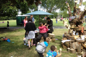15-6-june-6-th-img-0707-trees-on-the-green-hilly-fieldsd-brockley-max-festival-tree-saturday-6-th-june-2015.jpg - Trees on the Green