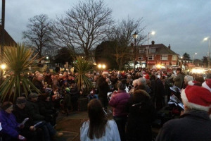 hadleigh-christmas-lights-2-nd-dec-2017-11.jpg - Improve appearance of our Hadleigh Essex