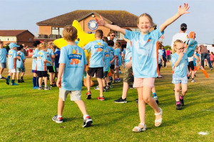 all-stars-cricket-st-annes-cc-2018-guard-of-honour-girl-smiling.jpg - St Annes CC Inspire & Grow Cricket Fund