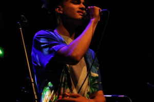 keaton-dekker-performer-at-sound-out-youth-arts-gig.jpg - Hoxton Hall Youth Music Shout Out!