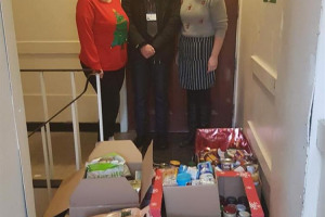 nhs-christmas-donation.jpg - Apron's for Vinnie's Volunteers