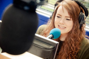 broadcast-production-and-presenting-0.jpg -  Radio Training Academy Club