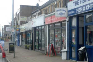 Birchgrove high street.jpg - Light up Birchgrove