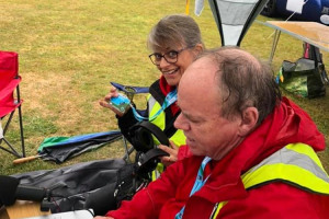 steve-and-annie-preparing-in-the-wet.jpg - Live Broadcasting for Red Kite Radio
