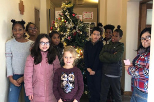 christmas-tree-2019.jpg - St Ed's Mottingham Building 4 Community