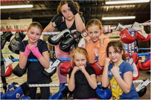 juniors-3.jpg - Boxing for the Community in London