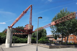 20160706-125640-resized.jpg - Rotherhithe Red Crane