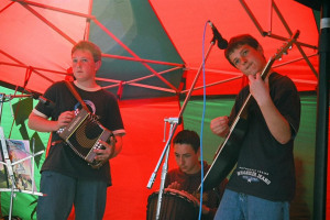 68540002.jpg - Music at the Market Cross