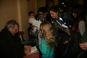 michael rosen book signing.jpg - Town Hall Tales