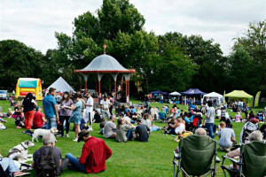 10013382-large.jpg - Our Big Gig in the Arboretum 2016!