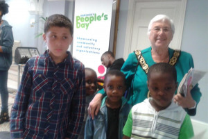 2014-06-07-14-05-28-children-with-mayor-of-haringey.jpg - Vibrant Tottenham