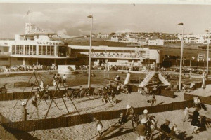 view-from-beach-area-1938.jpg - Poolside @ Saltdean Lido