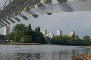 bridge-view-2.jpg - Brentford Gate Footbridge