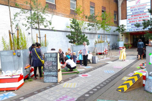 peckham-rye.jpg - Pop up Lock up play space Peckham Rye