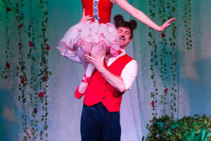teddy-15.jpg - Touring dance productions for schools
