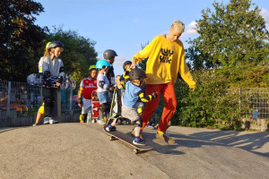 20190907-181342.jpg - Regenerate Hackney Bumps Skatepark