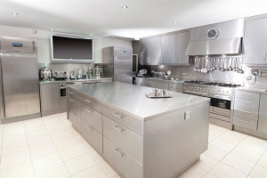 commercial-kitchen.jpg - The Rejuvenation of Wallys