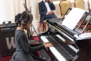 ardina-john-piano-2-small.jpeg - Classical Music Training in Hackney!