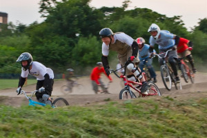 3682218605-76-e-45-de-654-b.jpg - Goldcoast BMX Club
