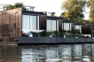 eco-friendly-floating-prefab-homes-1.jpg - Mindfulness in the community