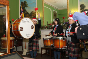 img-3788.jpg - Pipes and drums