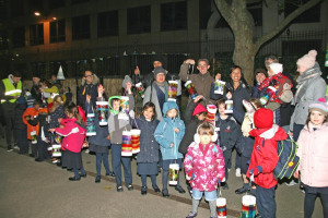 img-8120.jpg - Aldgate Lantern Parade and Winter Fete