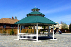 Band Stand/Speakers Corners