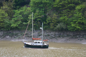 boat-on-avon.jpg - Peaceful Portway
