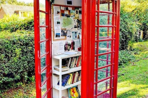 dc-5486-f-9-d-8686514686-dc-386-b-8-cac-759.jpg - Turn a Phone Kiosk into a free library