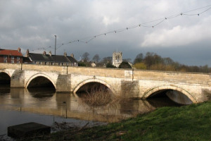 tad bridge 5.jpg - Lighting Up The Town of Tadcaster