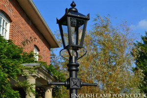 victorian-lamp-posts.jpg - Cambridge Road lamp posts
