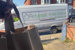 refurnish-food-parcel-delivery.jpg - Refurnish - Covid 19 Support Services