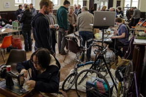 repair-cafe.jpg - The Repair HUB - a community project