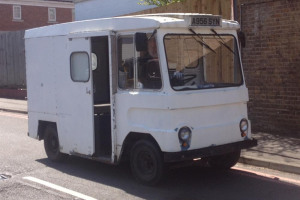 new-milk-float-1.jpg - The Islington Gro-Mobile
