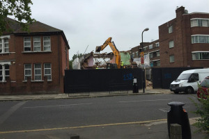 lbrrydmltndigger-1-june-15.jpg - Cricklewood Library