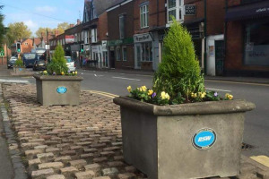 alcester-road-flowers.jpg - Studley on the Map