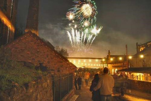 blists-fireworks~s600x600.jpg - Ironbridge lights