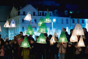 219543-77852-437-lantern-parade-cc.jpg - Light Parade Chelmsford