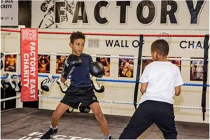 juniors-5.jpg - Boxing for the Community in London