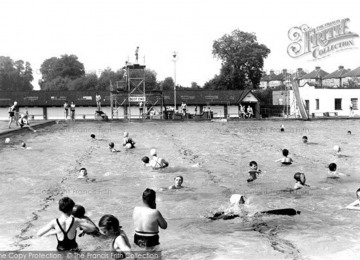 surbiton-swimming-pool-c-1955-s-231002-large.jpg