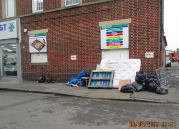 st-josephs-drive-fly-tipping-outside-alley-9-02-2017.jpg