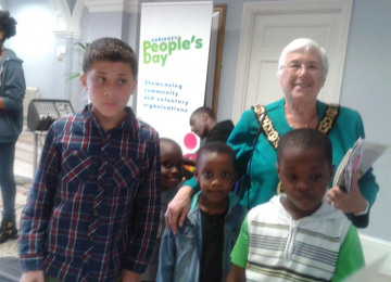 2014-06-07-14-05-28-children-with-mayor-of-haringey.jpg