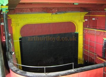 hulme-playhouse-2012-c.jpg
