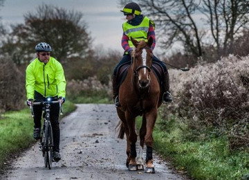 horse-bicycle-riders-header.jpg