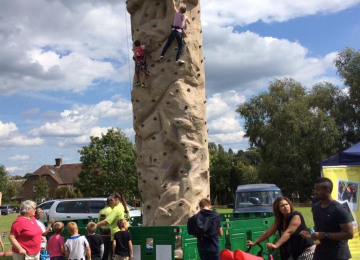 14-08-fun-day-climbing-wall.jpeg