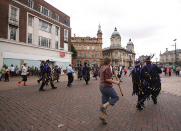 day-of-dance-hull-2015-1007-audience-joining-in.jpg
